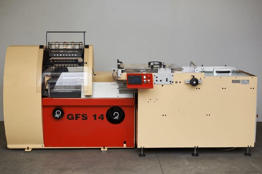 Semiautomatic Folding & Sewing Machine